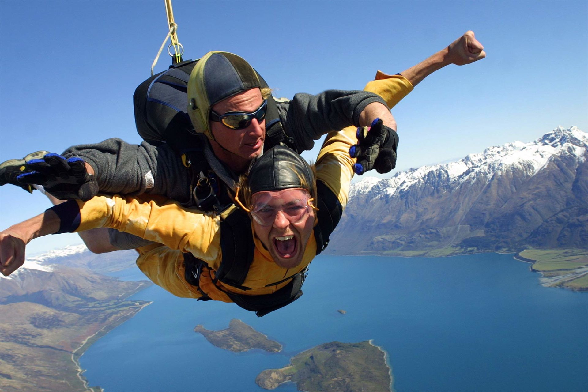 Ski Dive in New Zealand